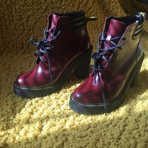 Burgundy Doc Marten heeled boots😍